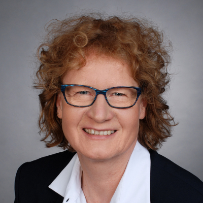 DAPR Social Media Manager: Absolventin Sigrid Eck