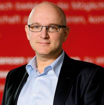 Sascha Decker hat das Volontariat im Bereich Kommunikation von Aktion Mensch DAPR-zertifizieren lassen.