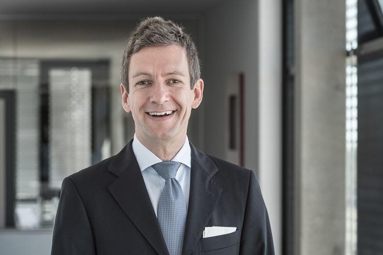 """Prof. Dr. Marcus Stumpf ist Dozent und Betreuer im Online-Studium """"Crossmediale Marketingkommunikation (MA)"""""""