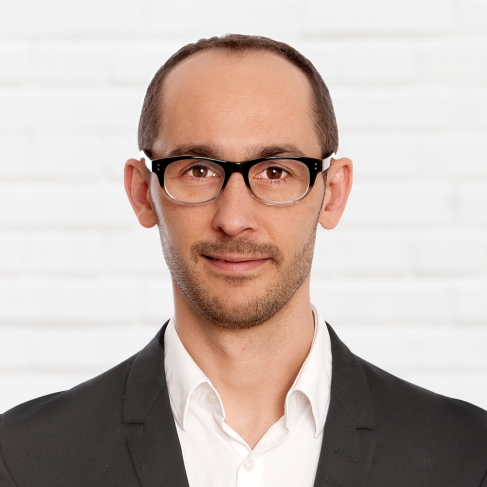 André Karkalis ist der Dozent des DAPR Seminars Influencer Marketing