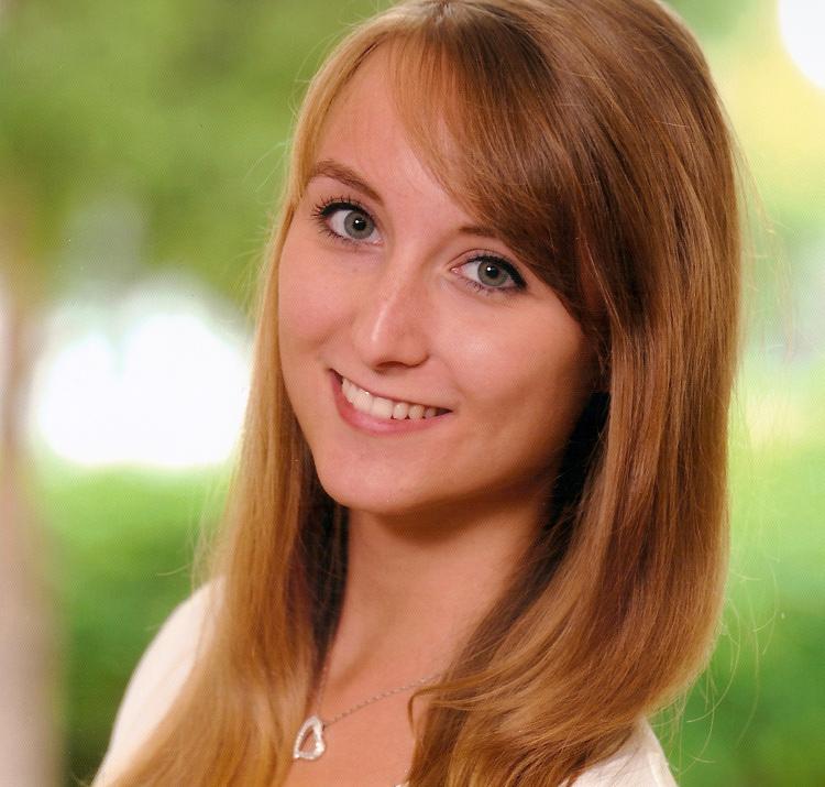 "Nicole Novotny studiert ""Crossmediale Marketingkommunikation (MA)"" im Fernstudium"
