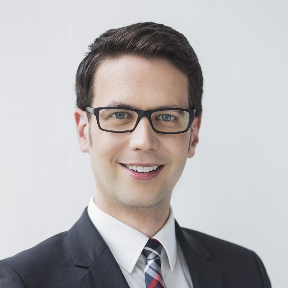 Florian Amberg ist Group Pressesprecher der Munich Re und Prüfer bei der DAPR