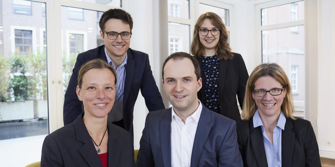Das Team der DAPR (v.l.n.r.): hinten Michael Herbst und Karola Liedtke, vorne Katja Unali, GF Nils Hille, Annette Bouteiller