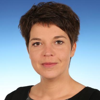 Ariane Kilian hat das Volontariat in der Unternehmenskommunikation bei Volkswagen Komponenten ist dapr-zertifizieren lassen.