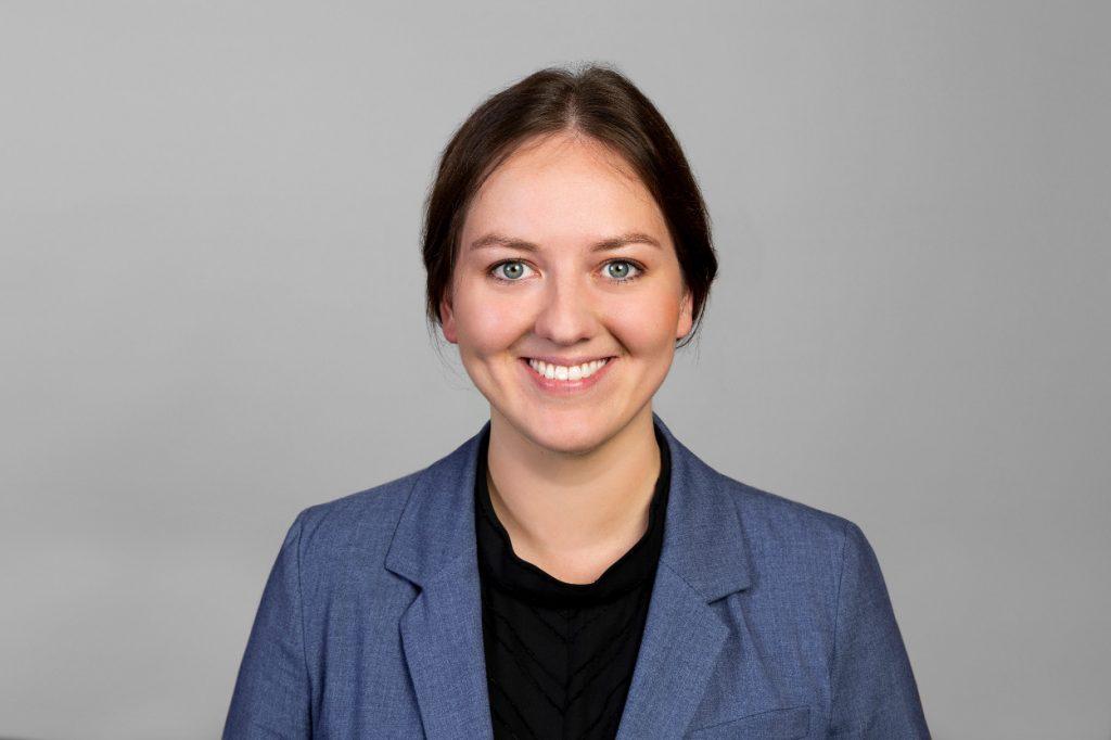 Rachel Pauels studiert bei der dapr berufsbegleitend Digitale Kommunikation (MSc)