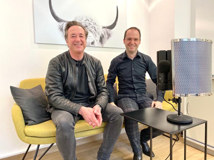 Hubert Hundt, Leiter Hochschulkommunikation der Ruhr-Universität Bochum, war für den pr.promi.podcast zu Gast auf dem #daprsofa
